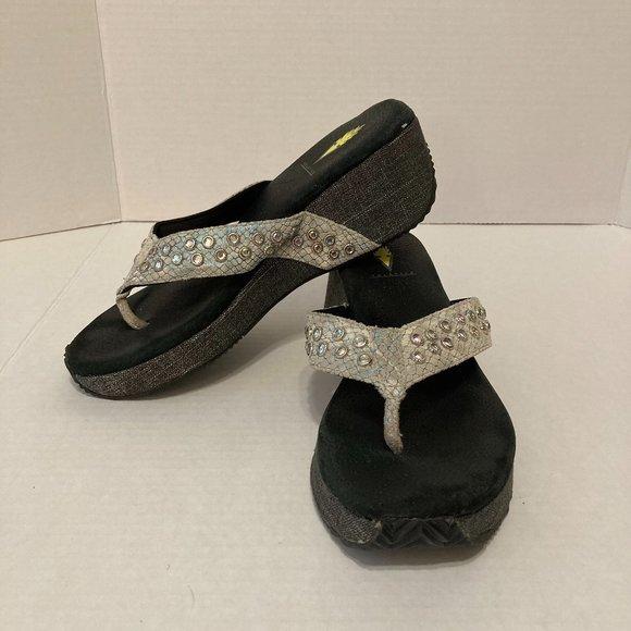 Volatile Rhinestone Thong Sandals Flip Flops Gray